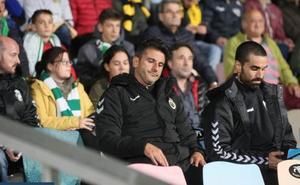 El Racing regresa al trabajo como líder y César Díaz se incorpora a los entrenamientos, al margen del grupo