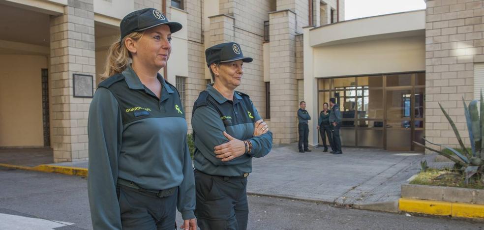 «La mujer hizo a la Guardia Civil mejor»