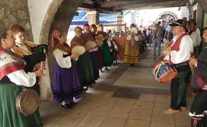 San Vicente recupera el folclore gracias a la escuela municipal