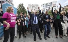El baile de los políticos para celebrar el Día de la Salud Mental