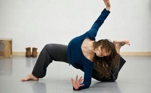 La compañía Babirusa acerca el lenguaje de Cristina Iglesias a través de la danza