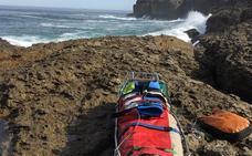 Un pescador, herido leve por un golpe de mar en Isla, ha tenido que ser rescatado por el helicóptero