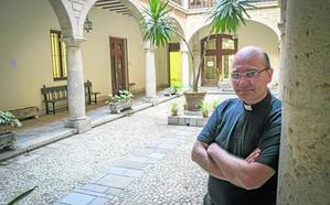 La Iglesia busca curas «más accesibles» y misas «más vivas y participativas»