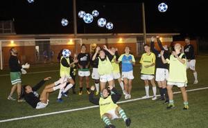 El fútbol femenino hace equipo en Mioño