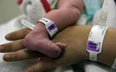 Murcia, pionera al regular por ley el contacto piel con piel tras el nacimiento