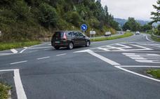 Fomento barrerá y repintará 624 kilómetros de carreteras de Cantabria