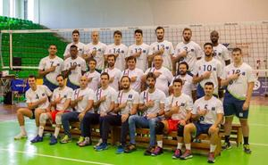 Equipaciones de voleibol libres de contaminación plástica y 100% cántabras
