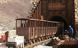 El Gobierno invertirá más de un millón de euros en el nuevo acceso a la Cueva del Soplao desde Celis