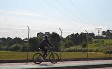Camargo se mueve en bicicleta