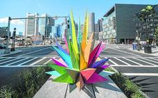 Okuda invade Boston por 'Aire, mar y tierra'