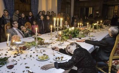Unos muertos muy vivos conquistaron el Palacio de La Magdalena