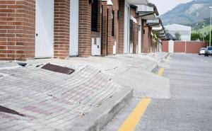Los problemas en las aceras de Los Puertos serán 'historia' en unos meses