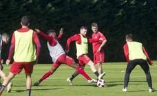 Entrenamiento del Racing para preparar el partido ante el Athletic B