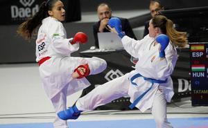Carlota Fernández, eliminada del Mundial tras perder con la bielorrusa Sharykhina