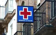Muere una mujer en Cádiz tras una operación de reafirmación mamaria y una abdominoplastia