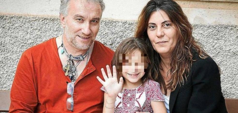 Los padres de Nadia, condenados a 5 y 3 años por estafa