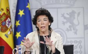 El Gobierno asegura que evitará que Franco sea enterrado en la Almudena