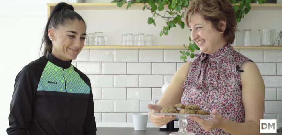Cocinamos el postre ideal para deportistas: galletas de avena fitness