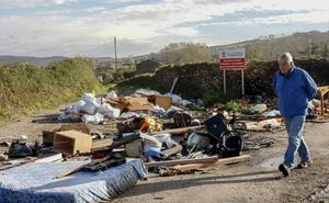 De ruta por los vertederos ilegales de Torrelavega