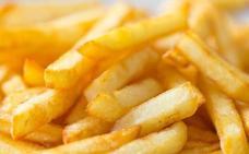 Sanidad alerta sobre un componente cancerígeno en las patatas y el pan