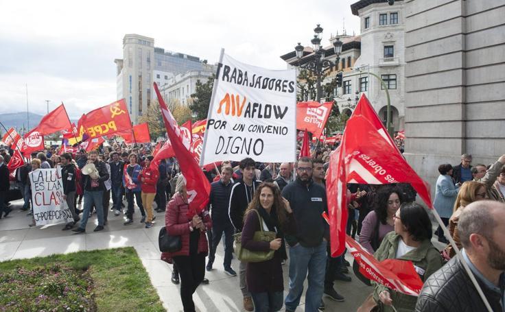 Manifestación en Santander por un «convenio digno» en el metal