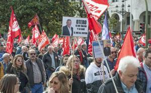 Miles de trabajadores del metal marchan en Santander por un «convenio digno»
