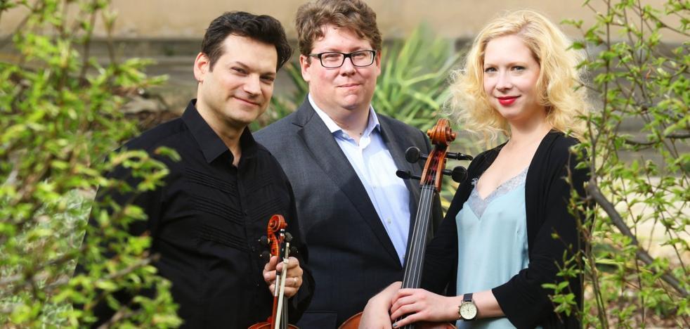 La Asociación Amigos del FIS celebra su cumpleaños con un concierto en el Palacio