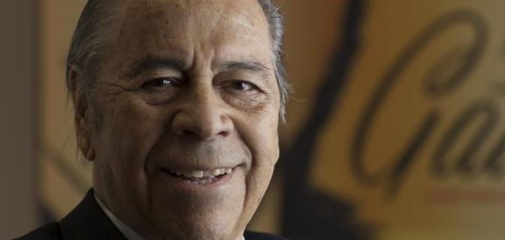Fallece a los 90 años Lucho Gatica, el rey del bolero