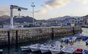 El Gobierno renuncia a reclamar 50.000 euros a la Cofradía de Castro por daños en un barco