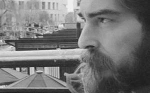 Antonio Álvarez Veci rompe tabúes en su primera novela