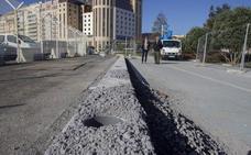 Empiezan los trabajos para elevar la valla del puerto hasta los cuatro metros