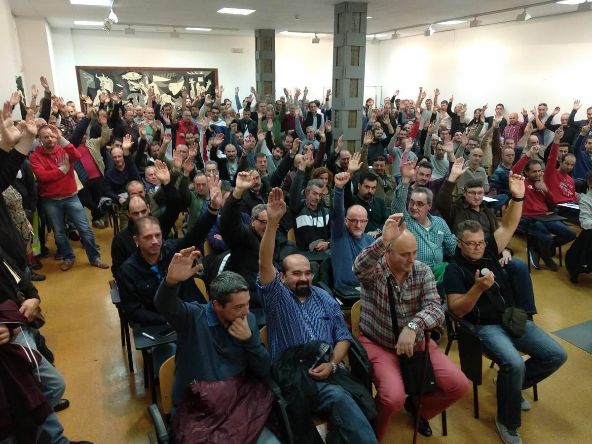 Los trabajadores del metal de Cantabria ratifican el preacuerdo con la patronal y cierran meses de conflicto
