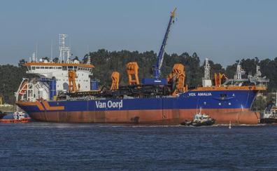 La 'Vox Amalia' parte hacia Rotterdam tras su finalización en Astander