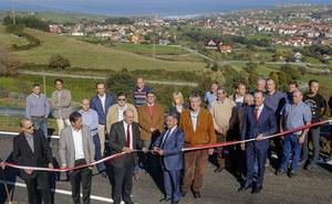Entra en servicio la mejora y ampliación de la carretera entre Ajo y Güemes