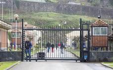 Unos 300 funcionarios de prisiones están llamados a la huelga en Cantabria