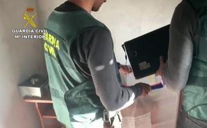 Catorce detenidos en España por pertenecer a una red internacional de pornografía infantil