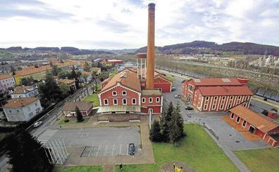 El Gobierno y la Universidad de Cantabria abordan el futuro del transporte comarcal en el Besaya