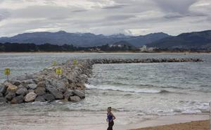 El Ministerio buscará una solución «consensuada» para los diques de La Magdalena con todas las partes implicadas