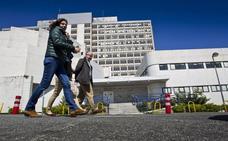 Sanidad asume que el traslado del SCS y la entrega de la Residencia «van para largo»