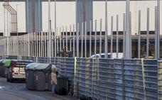 La nueva valla del puerto toma altura