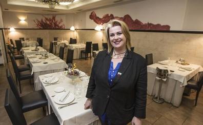 Maite Rodríguez: «Me muero por mis clientes y disfruto mucho con mi profesión»