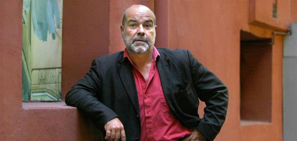 Antonio Resines, padrino del mercadillo navideño del Hospital Santa Clotilde