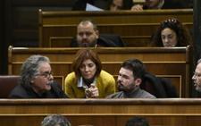 Rufián pide la dimisión de Borrell e insiste en llamarle «mentiroso» y «'hooligan' de Sociedad Civil Catalana»