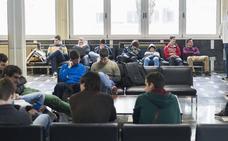 Alumnos de la Universidad de Cantabria se suman a una consulta nacional sobre la Monarquía