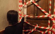 Consiguen echar a los okupas de la calle Garmendia de Santander por mandato judicial