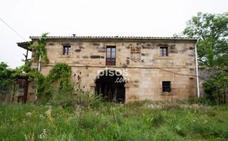 Alarga el 'Black Friday' con estas casas 'chollo' de Cantabria