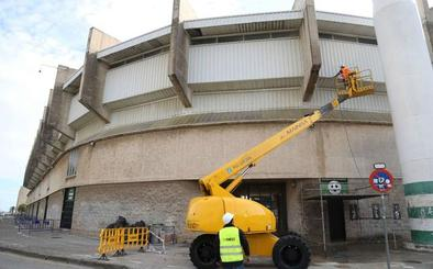 Técnicos del Ayuntamiento evaluarán las deficiencias detectadas en el estadio de El Sardinero