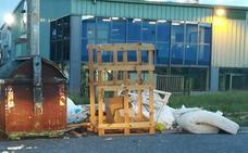 Camargo endurece las multas por depositar basura fuera de los contenedores