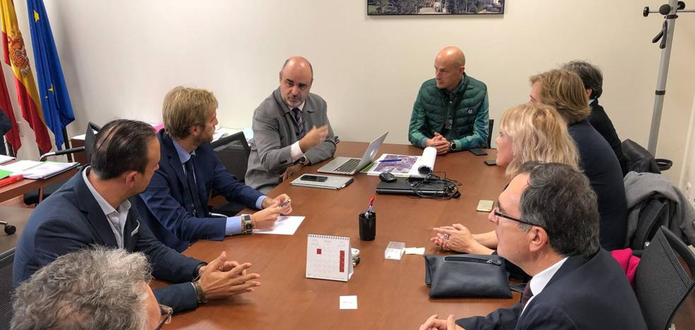 El Gobierno encarga un informe jurídico sobre el transporte en la comarca del Besaya