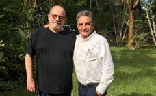 Revilla invita a Corbyn y a Silvio Rodríguez a visitar Cantabria
